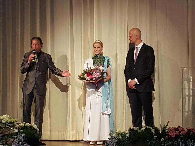 Krönung der Königin der Städtepartnerschaft Rosbach/ Netzschka Tina I