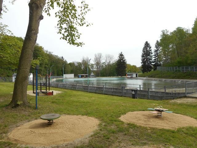 Spielplatz im Freibad, 08491 Netzschkau, Plauener Straße