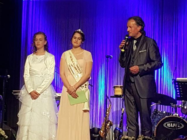 Der Blütenball am Samstagabend - Verabschiedung der Blütenkönigin 2016